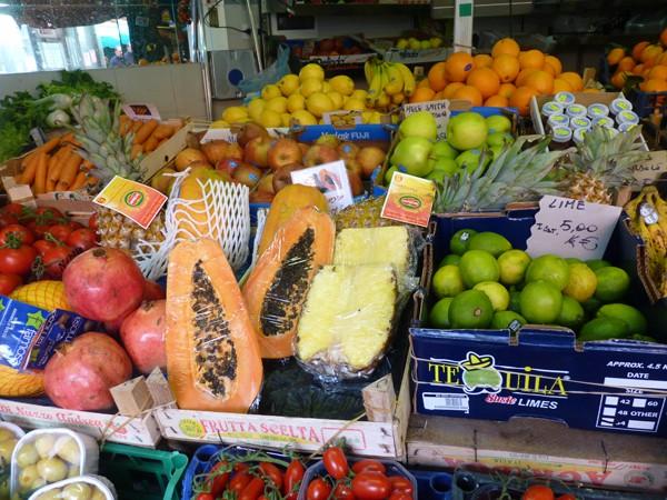 Mercato di ponte milvio mercati di roma for Mercato ponte milvio